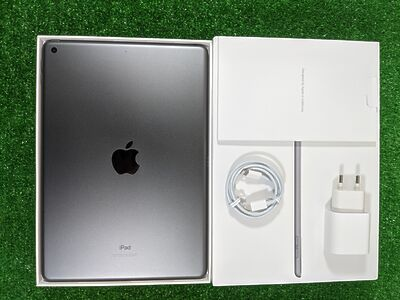 Apple iPad (8ht generation) 10.2 Wi-Fi 128 GB Space Gray A2270